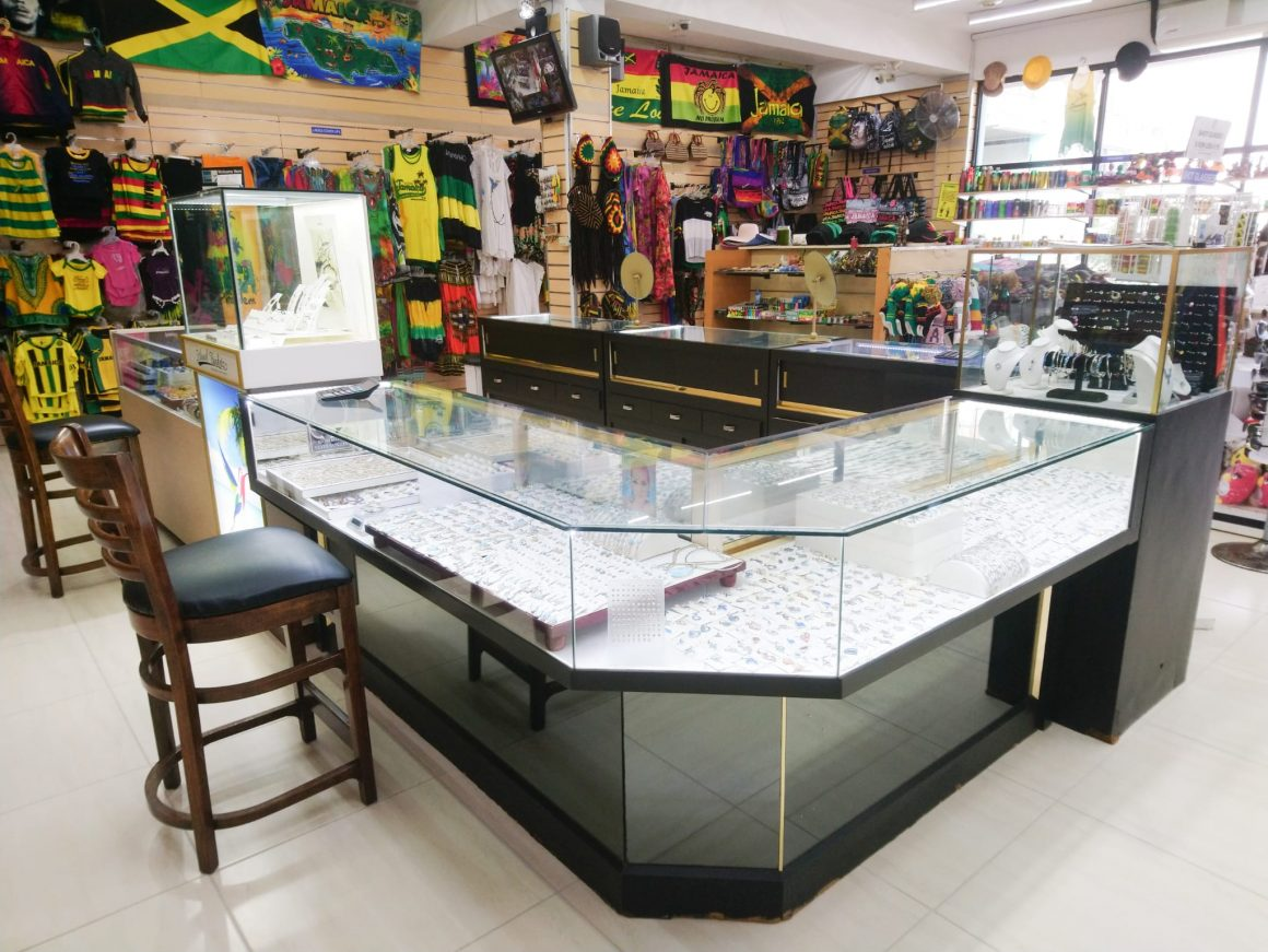 Jewellery for any occasion now at Aart Gift & Souvenirs shop